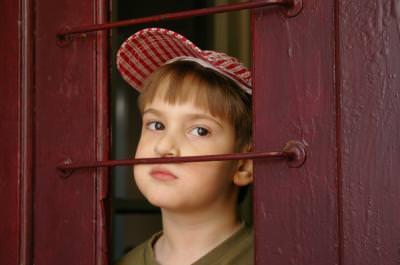 kid, door, closed, prisoner, looking, begging, boy, small, children, door, enter, close,