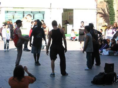 people, dancing, street, performance, dans, strada, outside, looking, crowd, multime