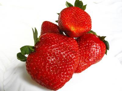 strawberry, strawberries, seeds, red, sweet, fruit, fresh, three, capsuna, fraga, samburi, rosu, fruct, dulce, capsuni, trei