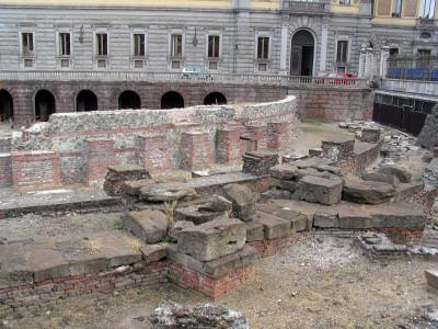ruins, ruine, ziduri, walls, diggind, site, excavari, arheology, arheologie, arheologic