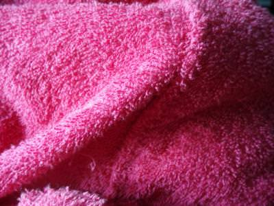 prosop, roz, pink, towel, dry, wet, wipe, sterge, stergar, soft, touch, sensation, cloth, material,