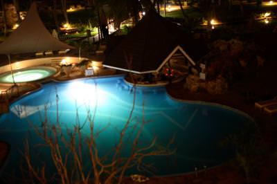 kenya, club, pool, night, piscina, noapte, disco, party