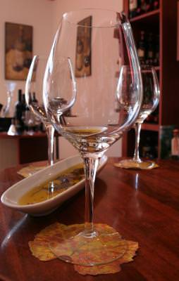 pahar, pahare, glass, glasses, wine, somelier, table, restaurant, masa, degusta, vin, drink, waiting, asteptare,