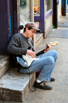 man, musician, guitar, guitarist, street, streetlife, Pennsylvania, Philadelphia, music, notes, sound, lsiten, hear, strings, play, electric, guitar