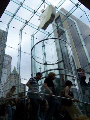 new york, centre, tech, stairs, modern, galss, clear, people, apple, descend, computing,