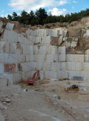 marble, quary, cariera, piatra, stone, tracktor, heavy, equipment, machineru, marmura
