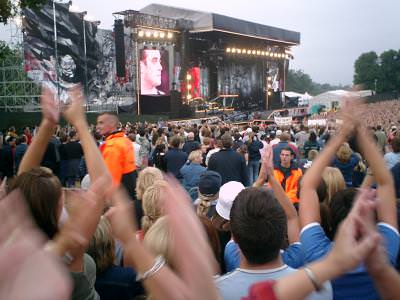 concert, london, music, man, singer, people, applause, clap, clapping, happy, muzica, concert, cantaret, oameni, aplause