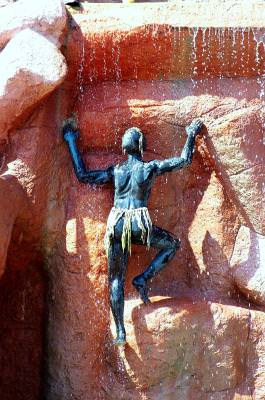 Adaland-Turcia, water, apa, men, oameni, climb, statue, statuie, cataris