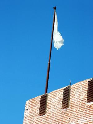 steag de pace, flag of peace, surrender, a capitula, pace, peace, sky, blue, cer, albastru