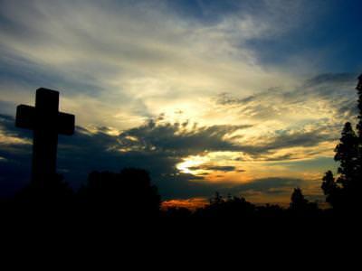 cemetary, sunset, light, colour, colours, cross, silence, dark, fallen, cimitir, apus, soare, lumina, culoare, cruce, liniste, intuneric