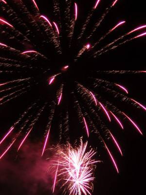 4th, fireworks, light, sparks, explosion, night, abstract, anniversary, blast, blowup, bom, burst, celebrate, colorful, cracker, explosive, festival, festive, fireball, firecracker, freedom, gala, glow, loud, party, patriotism, rocket, scene, special, stars, summer, triumph, victory
