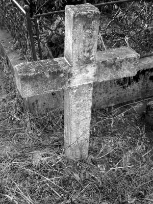 cross, RIP, cruce, grave, mormant, cimitir, cemetery, alb, negru, black, white