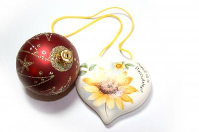 christmas, xmas, globe, sphere, light, shapes, tree, fir, candle, star, event, night, holly, noapte, craciun, glob, sfera, lumina, forma, forme, sfanta, brad, stea, lumanare, lumina, eveniment, heart, shape, stone, inscription
