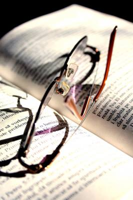 book, glasses, view, macro, closeup, letters, reading, read, see, eyes, view, background, close, closeup, close-up, diagonal, conceptual, write, note, notes, 