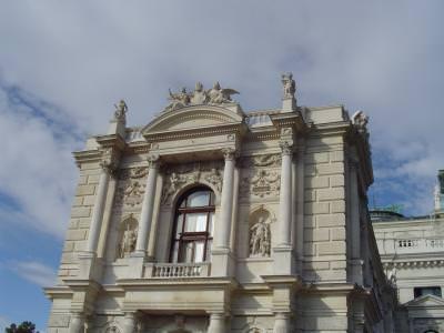 architecture, arhitectura, cladire, building, walls, ziduri, historical, house, casa,