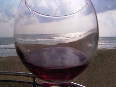 wine, glass, sky, sea, mare, vin, pahar, cer, blue, albastru, valuri, distortion, distortie