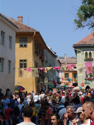 festival, Sighisoara, Transilvania, medieval, distractie, crowd, multime, aglomeratie, event, eveniment, fun, festival,