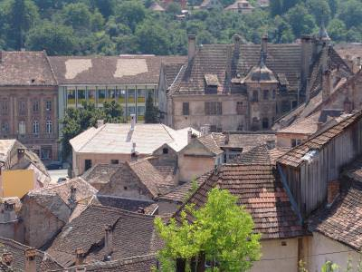 sighisoara, festival, fest, street, architecture, roof, top, acoperisuri, sun, day,